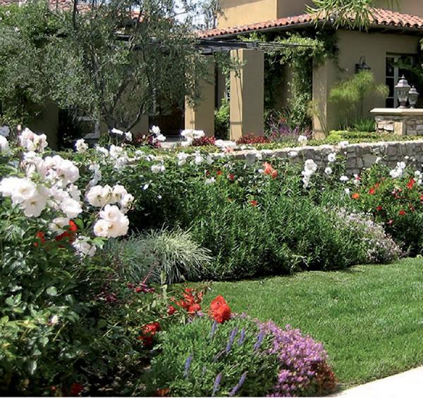 Jardines con encanto by covadonga gala los jardines de for Jardines con encanto